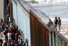 Photo of قبول لاجئين اثنين فقط منذ مارس.. متى ينهي ترامب إغلاق الهجرة؟