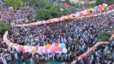 Photo of العيد في زمن كورنا.. احتفالات خلف الجدران وفرحة تخفيها الكمامات