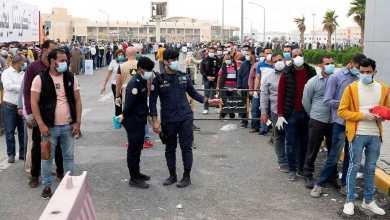 Photo of أزمة في الكويت بسبب احتجاجات عمالة مصرية بمعسكرات الإيواء