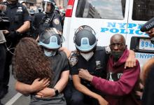 Photo of بعد أن رفضه ترامب.. هل ينجح مشروع الديمقراطيين لإصلاح الشرطة؟
