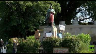 Photo of جورج فلويد يطيح بكريستوفر كولومبوس وتماثيل العنصرية والعبودية