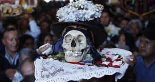 عيد الجماجم في بوليفيا