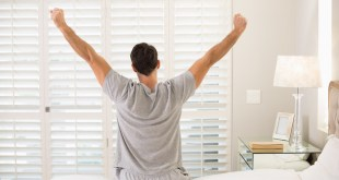 مقال : 5 أخطاء صحية تقوم بها كل يوم قبل الذهاب إلى العمل!