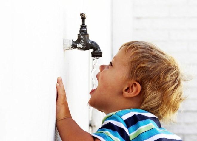 شرب قدر كاف من الماء