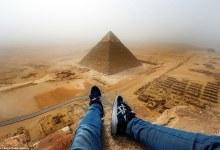 صورة مقتطف – مراهق يخاطر بحياته من أجل صورة فوق هرم الجيزة