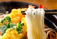 صورة مقال – تعرف على كيفية استخدام عيدان الطعام اليابانية للأكل ؟