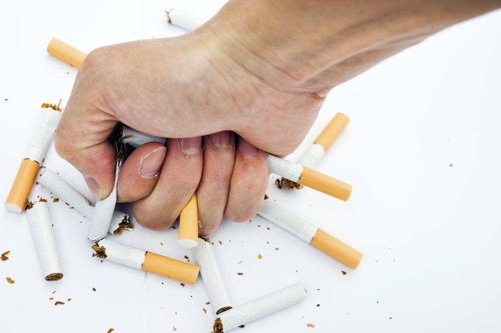 مقال - هذا ما سيحدث لجسمك بعد التوقف عن التدخين - موقع علوم العرب