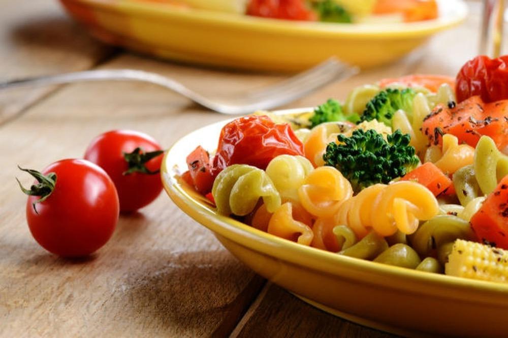 مقال - أطعمة تساعدك على إنقاص وزنك دون الإحساس بالجوع - موقع علوم العرب