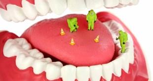 مقال - 4 وسائل فعالة للقضاء على رائحة الفم الكريهة