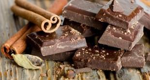 دراسة : قليل من الشوكولاته تحميك من اضطرابات القلب!