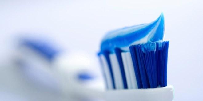 مقال - فوائد الفلوريد للأسنان : مفاهيم خاطئة أم مخاوف مبررة؟
