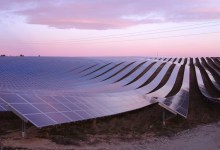 صورة مقتطف – شاهد أكبر محطة عائمة لتوليد الطاقة الشمسية!!