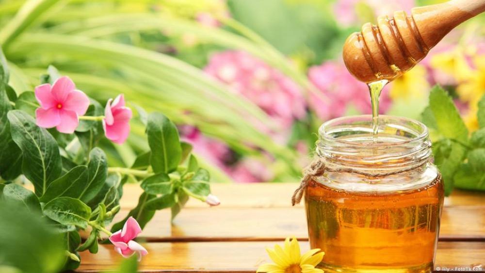 مقال - هذا مايفعله شرب الماء بالعسل في جسمك!!