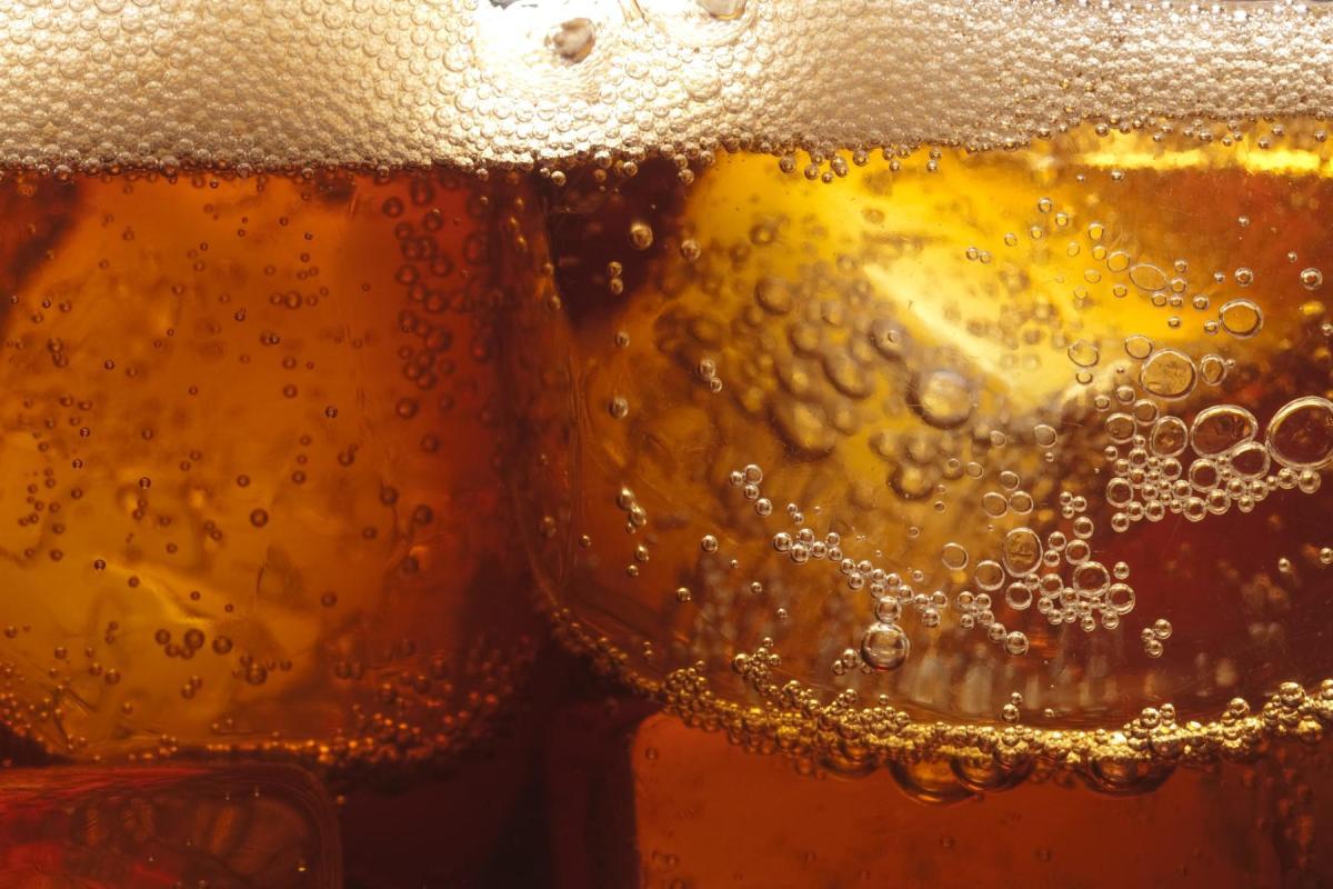 مقال - دراسة صادمة عن علاقة المشروبات الغازية بالسرطان