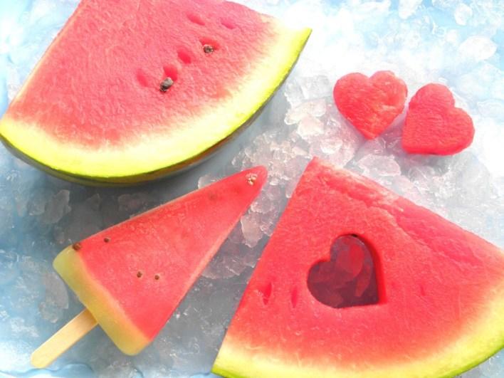 7 أسباب تجعلك تأكل البطيخ في فصل الصيف