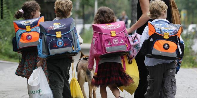 مع العودة للمدارس..كيف تقلل توتر أطفالك وتساعدهم على النجاح؟