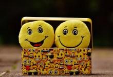 صورة فوائد الضحك على صحة الجسم والعقل