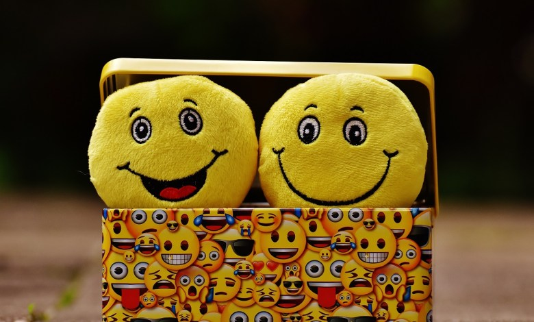 فوائد الضحك على صحة الجسم والعقل