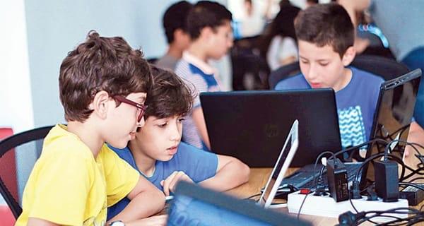 تعلم البرمجة للأطفال: لماذا؟ وكيف؟