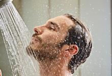 أيهما أكثر فائدة للجسم.. الاستحمام ليلا أو نهارا؟