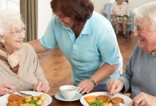 صورة 5 أنواع أطعمة ضرورية لكبار السن