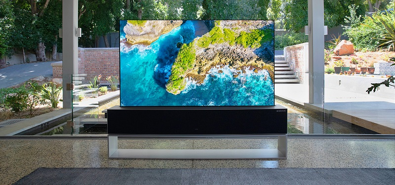تليفزيون LG الجديد القابل للطي بسعر خيالي