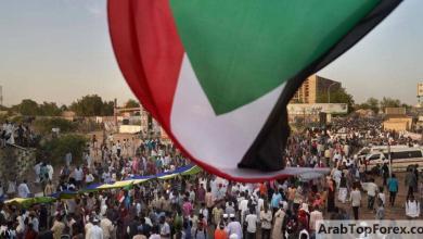 Photo of السودان يخطط لمدفوعات نقدية للفقراء بعد إلغاء دعم الوقود