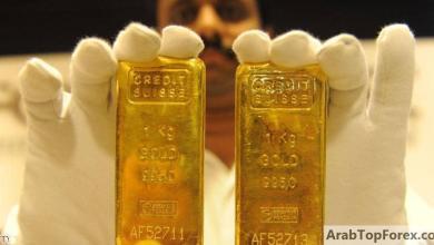 صورة صعود الدولار يهبط بالذهب.. وتوتر الصين وأميركا يكبح الخسائر