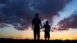 تغريدات في التربية وبر الوالدين