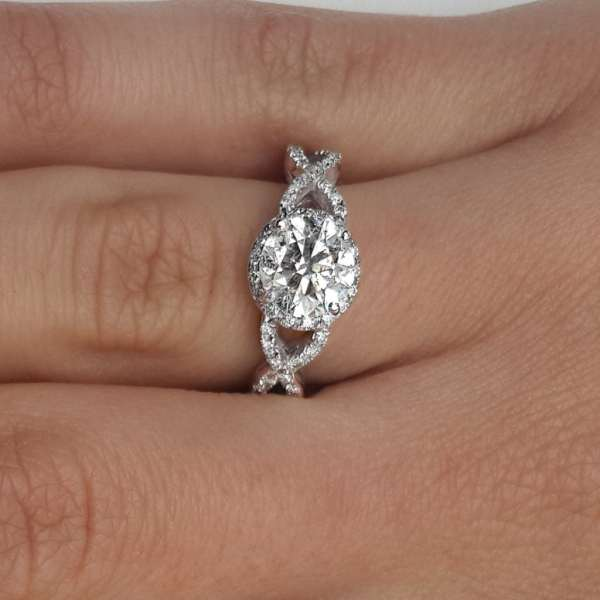 2.02 Carat Round Cut Diamond Engagement Ring 18K White Gold 4