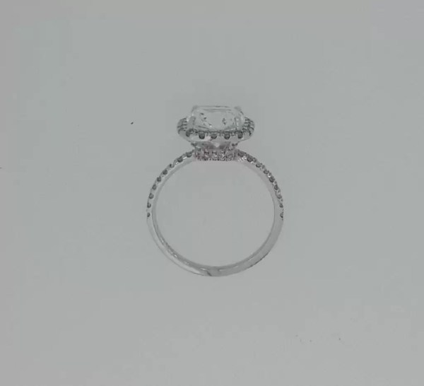 3.00 Ct Cushion Cut DVs2 Diamond Solitaire Engagement Ring 18K White Gold 3