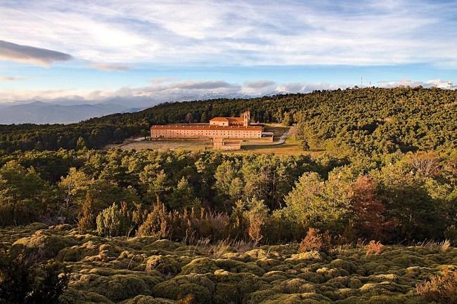 Ruta del Santo Grial en Huesca, monasterio nuevo de San Juan de la Peña