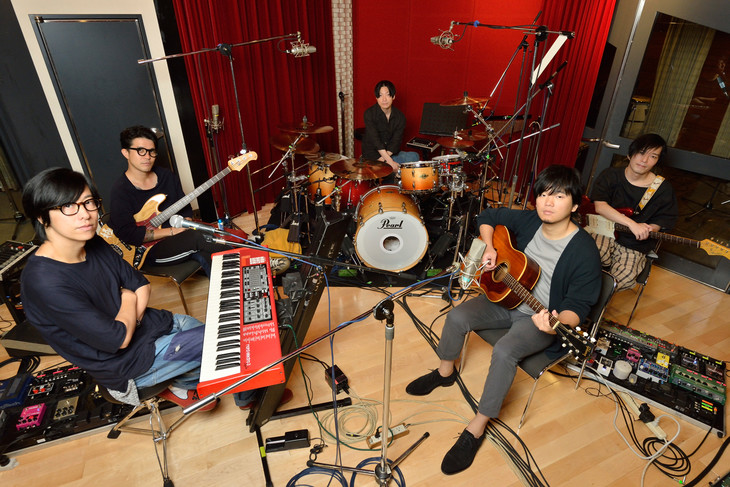Straightener to partner with Motohiro Hata for their New Single + Release a Tribute Album