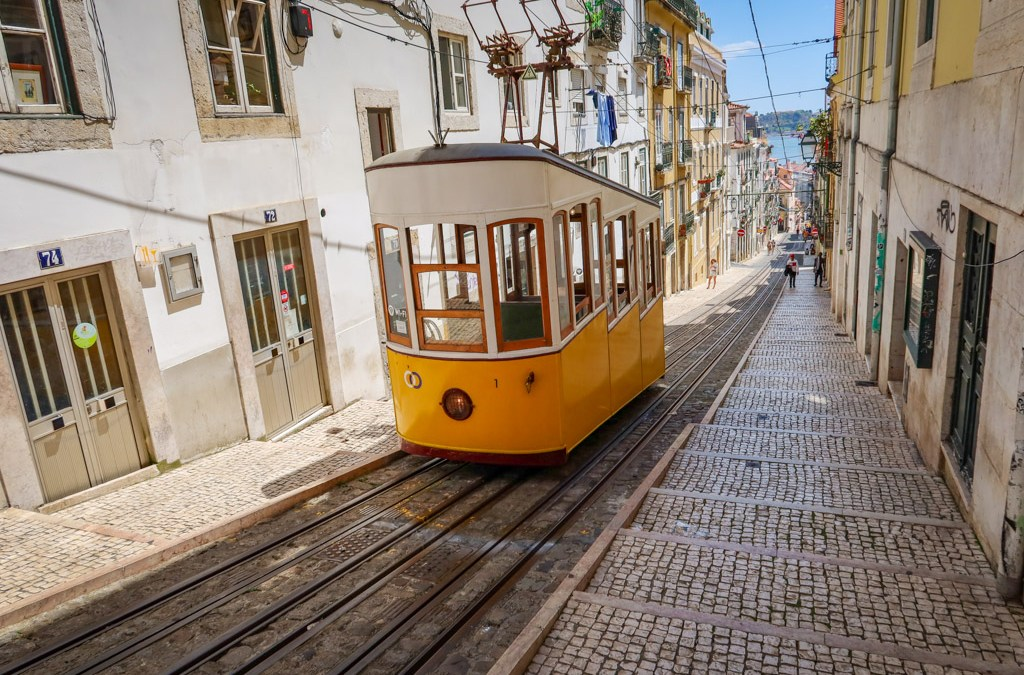 What Traveling in Lisbon during COVID is Really Like for Americans