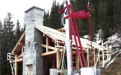 Avalanche House way off grid