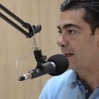 """""""Mesmo obtendo mais votos que 17 dos 49 deputados eleitos, Socorro ficou de fora da Alepe"""", lamenta Pimentel"""