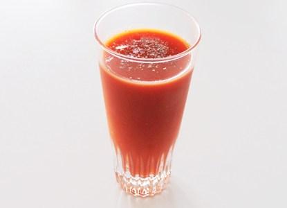 トマトジュース「レッドアイ」に胡椒を入れると美味しいらしい