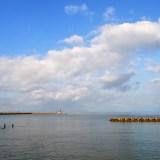 朝から苦手な「珈琲」を飲みながら、海を眺め「海の声」を聞く