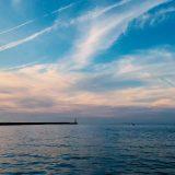 【淡路島の暮らし11月】穏やかな波音と小さな漁船を見ながら散歩して、夜ご飯は冷蔵庫の余り物でお好み焼き、