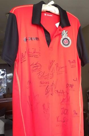 autographed RCB shirt