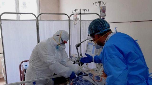 Ermənistanda daha 4 nəfər COVID-19-dan öldü 10 İyun 2021