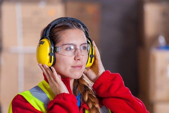 Arbeitssicherheit - Gehörschutz tragen