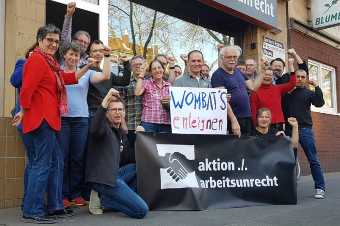 30. März 2019 in Köln: Mitglieder der aktion ./. arbeitsunrecht erklären sich solidarisch mit der Wombat's-Belegschaft und ihrem Betriebsrat.