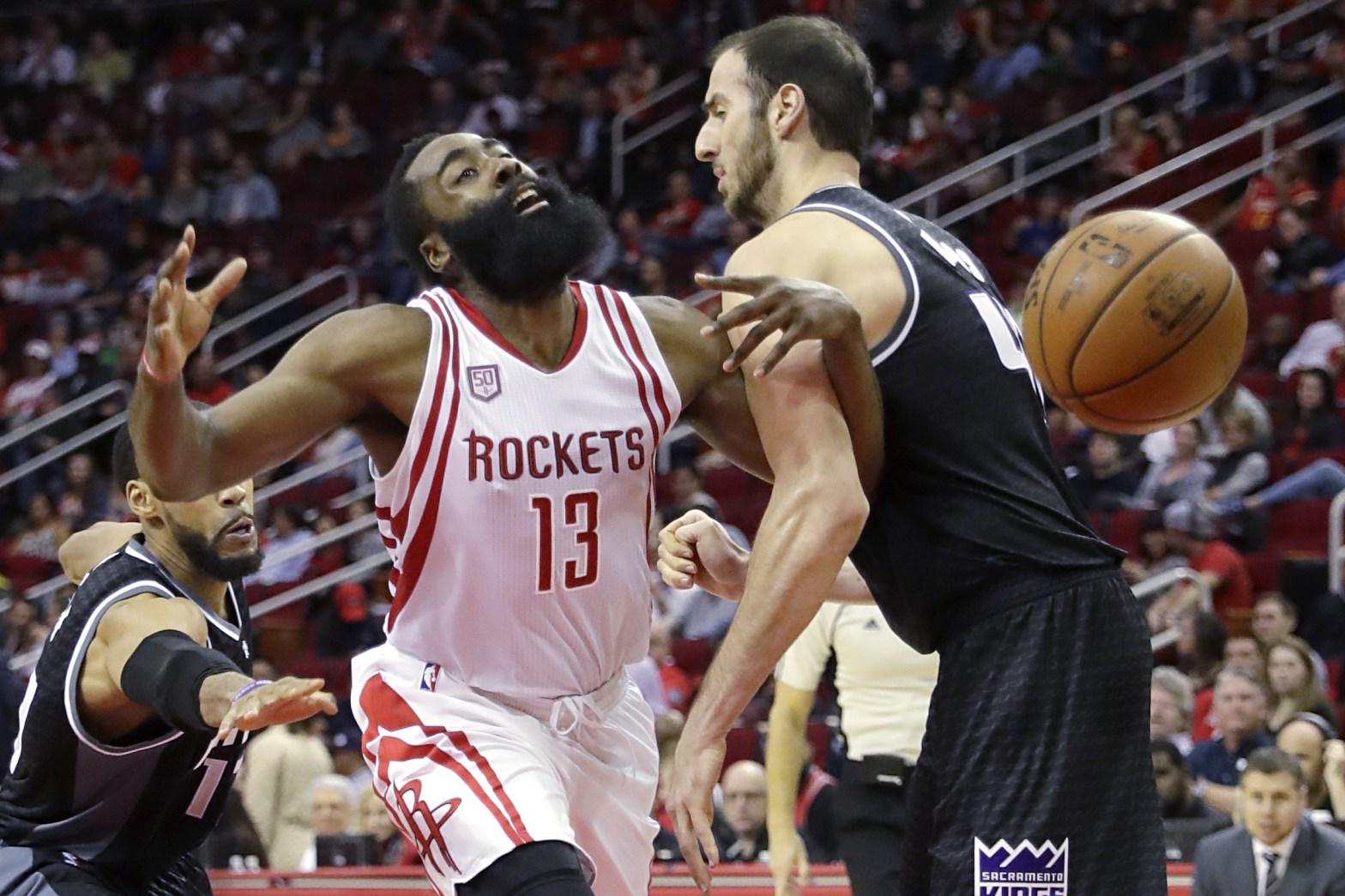 NBA rules and fouls. Credit: Bleacher Report