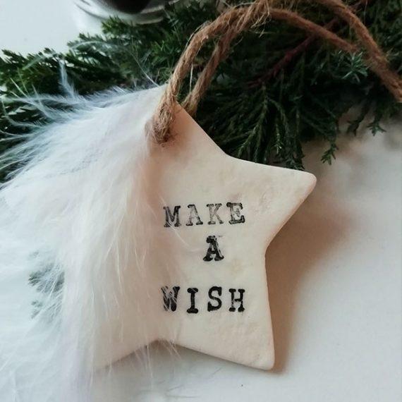 """Suspension étoile """"Make a wish"""" en porcelaine froide"""