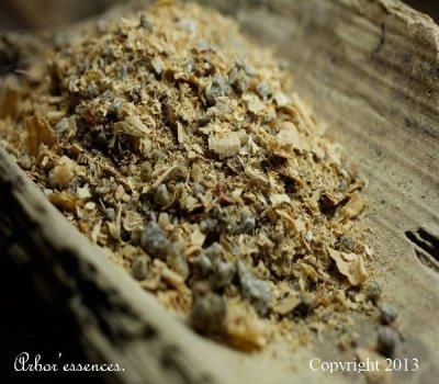 Mélange d'encens Ishtar, réalisé artisanalement par nos soins