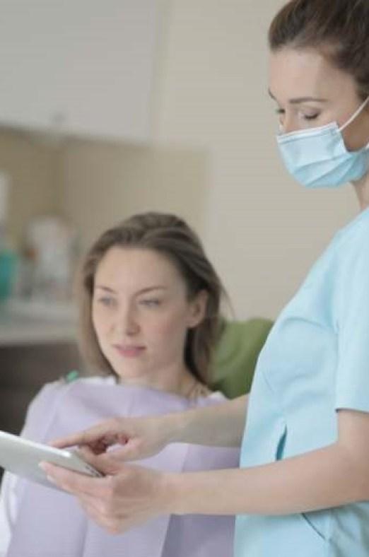 soleil nuages sur la route