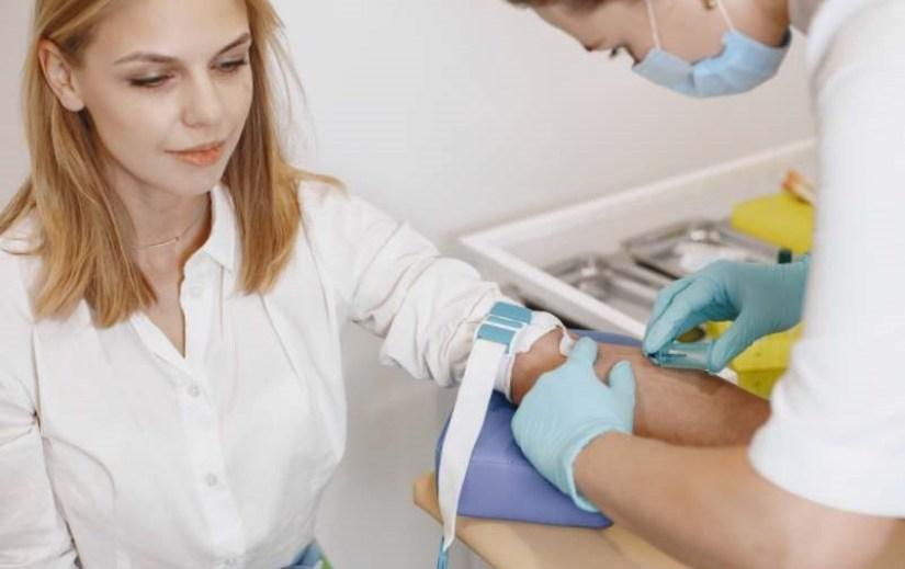 tasse de thé carte théière bleu