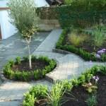 Arbworx : The Centre Piece of The Garden, Box Surrounding a