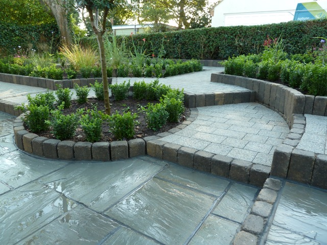 Arbworx : Box Hedging Softens the Look of Stone Work